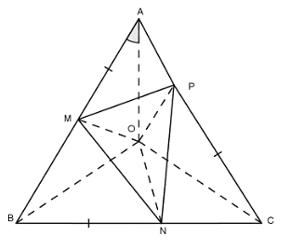 Trắc nghiệm: Tính chất ba đường trung trực của tam giác - Bài tập Toán lớp 7 chọn lọc có đáp án, lời giải chi tiết